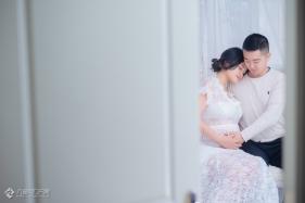 叁木映画客片分享:客厅有拥抱,肚子里有爱与希望