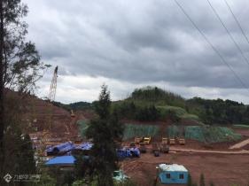 有谁知道资阳墨池坝这边在修的项目是什么?