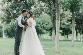 婚礼跟拍的那些柔情与美好!来看看他们的甜蜜婚照...