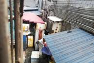 乐虎app手机版世纪城一夜宵店霸占小区通道当后厨,被依法拆除!