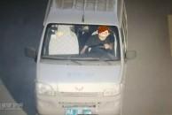 聪明反被聪明误!一男子无证驾驶套牌车被雷竞技下载链接交警挡获,1个月内有10余条交通违法行为!