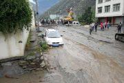 成都前往阿坝州多条道路因泥石流中断!