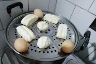 爱心早餐!一早就起床做早餐,用河马家豆浆机做的豆浆还不错!