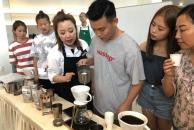 雷竞技下载链接曼购中心初体验:我在雷竞技下载链接喝到了第一杯星巴克咖啡!