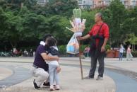 """今天在三贤公园,梦回童年!分享给""""失去""""童年的爷爷奶奶,爸爸妈妈"""