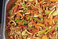 今天终于来吃到想了好久的素食了,品种多的数不过来,味道也巴适得板!