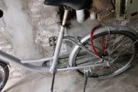 共享单车被整容以后,变成了独享专用车。