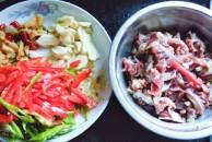 今天难得做一次泡椒鸡胗,酸辣酸辣的,十分下饭!