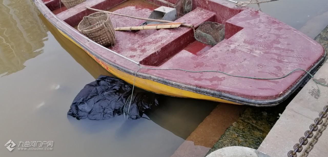 资阳苌弘广场外九曲河上的南门桥下游约五十米左右发现一具尸体