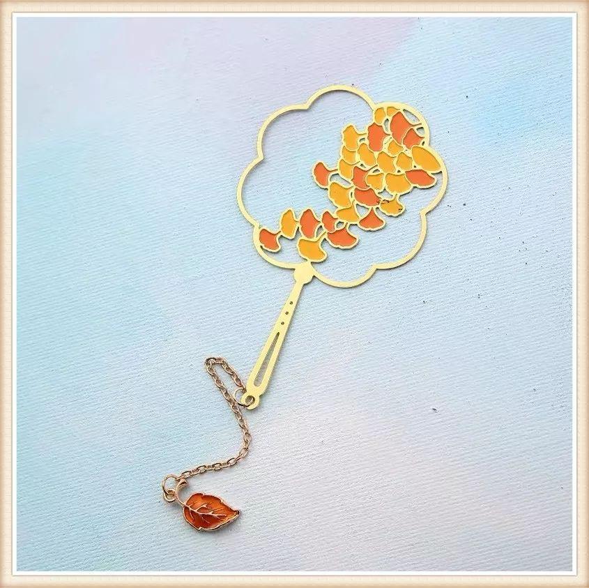 (晒图得贺卡、领书签)今年资阳的银杏又变得金黄了,快来打卡拿礼品吧! ... ... ... ... ... ... ... ... ...