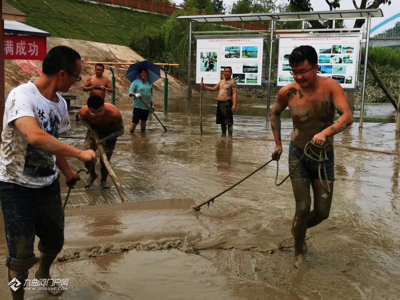 为资阳游泳人点赞!洪峰过后,游泳协会一起重建资阳野人滩!