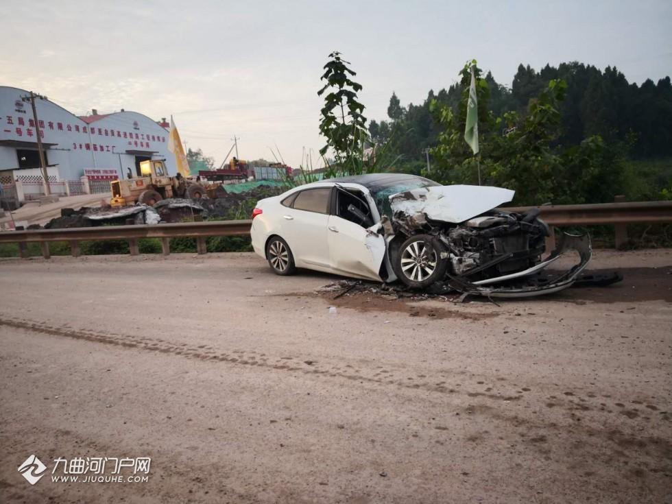 发生交通事故头部受伤缝10多针却与对方协商不报保险不报警,资阳这个司机为啥这样做?
