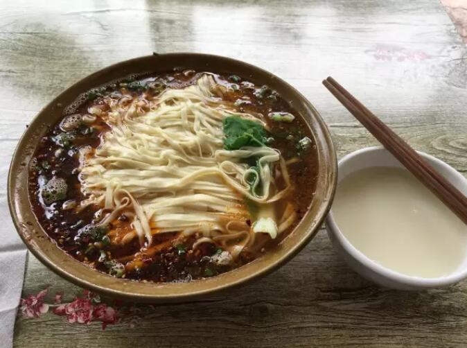【晚8点红包】在资阳,你喜欢吃哪家的面?说出你的推荐,一起来完善美食地图!