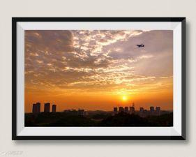 家门口的美景!日落西山,小鸟飞机齐相聚,请大家欣赏资阳三伏天的美景!