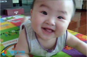 #宝宝成长日记秀#俺家小侄儿龙龙,必须帅气